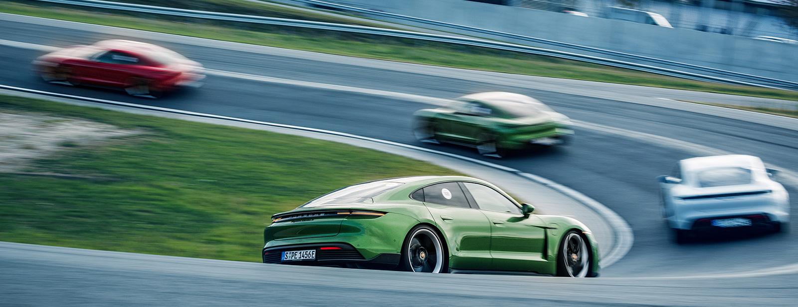 より速く正確にスポーツドライビングを目指す方のための上級コース Master