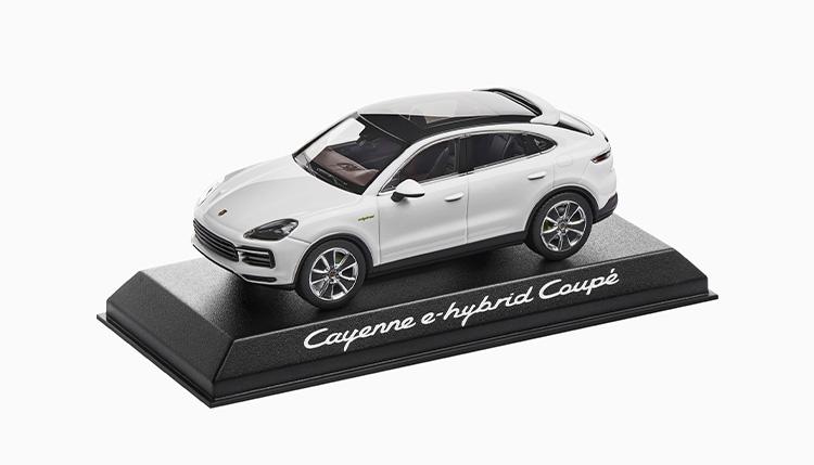 モデルカー Cayenne Coupé PHEV