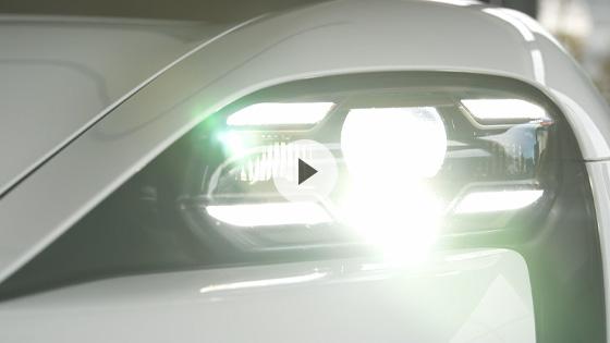 LEDマトリックスヘッドライト(PDLS Plusを含む)